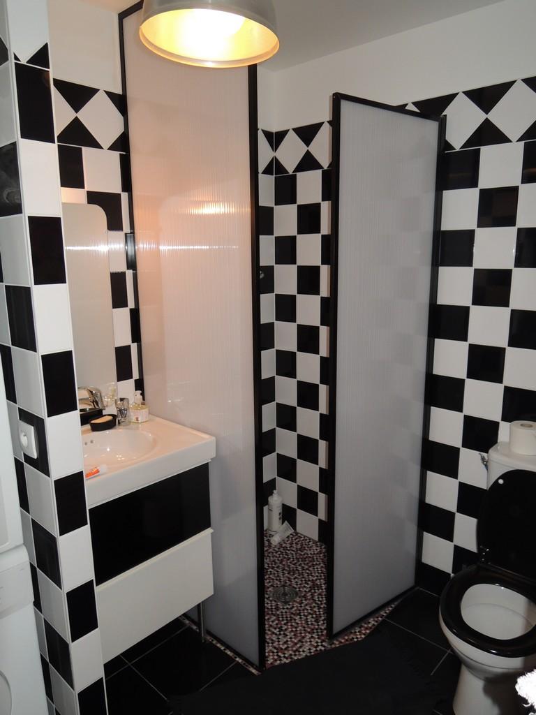 cece-salle-de-bain-002